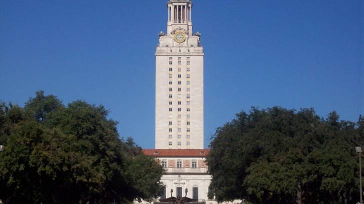 ut austin texas campus bell tower